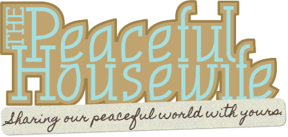 The first Peaceful Housewife logo.